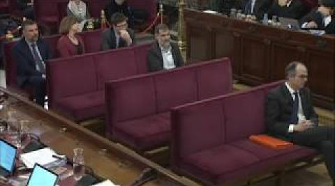 La secretaria judicial relata cómo salió de la Consellería de Economía