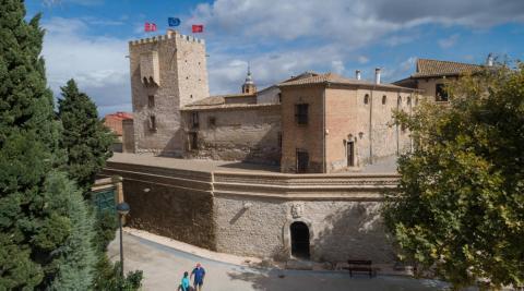 Cortes: Un Castillo que 'cierra' Navarra