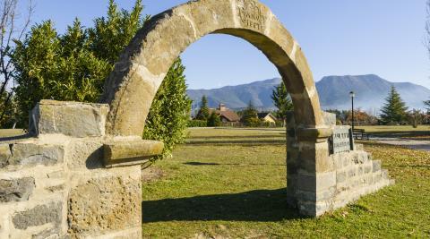 Sabiñánigo, tu Puerta de los Pirineos.