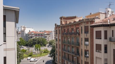 Avenida Zaragoza, junto a Príncipe de Viana