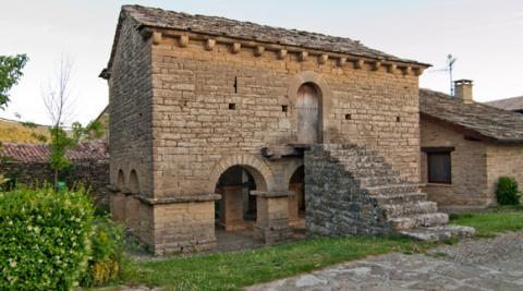Hórreo de Iracheta, en Valdorba