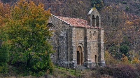 Ermita de San Bartolomé de Aguilar de Codés, ubicada en plena naturaleza.