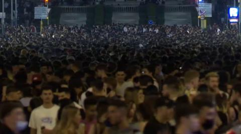 Los disturbios tras el macrobotellón de Barcelona se saldan con 43 heridos y 20 detenidos