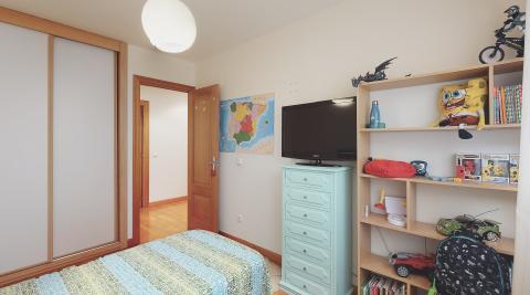 Precioso piso en Ansoáin, con dos trasteros y parking