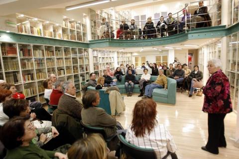 Autores que acudieron a los encuentros del Club de Lectura de Diario de Navarra en 2007