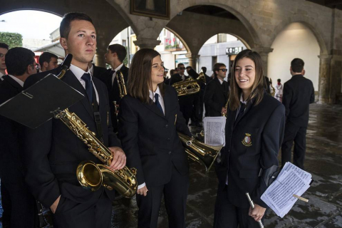 Procesión en honor a San Sebastián y misa mayor en las fiestas de Sangüesa