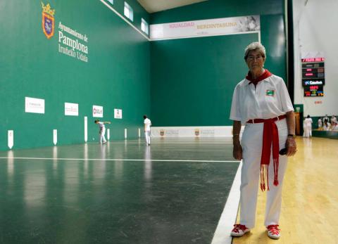 Natividad Bella, la primera raquetista navarra