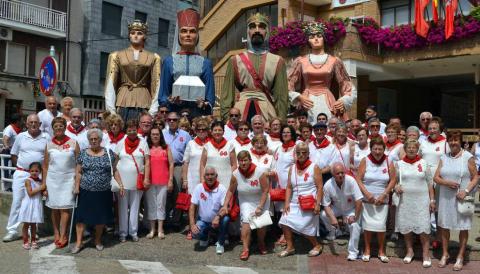 Imágenes de las Fiestas de San Adrián, que comprenden la Comparsa de Gigantes, Desfiles de Moros y Cristianos, Encierro y las ambulancias