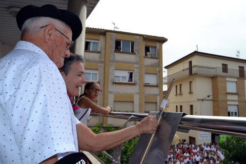 Imágenes del chupinazo y de varios momentos de la mañana en el municipio de Sartaguda.