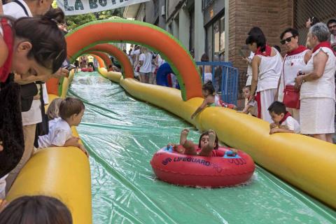 Estella finaliza sus fiestas patronales con el Día de la Abadejada, con los actos tradicionales de este día: la despedida de los gigantes y el XLVIII concurso de ajoarriero