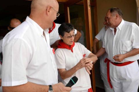 Adelina Gurpegui, natural de Berbinzana y misionera en Bolivia, dio la bienvenida a las fiestas patronales