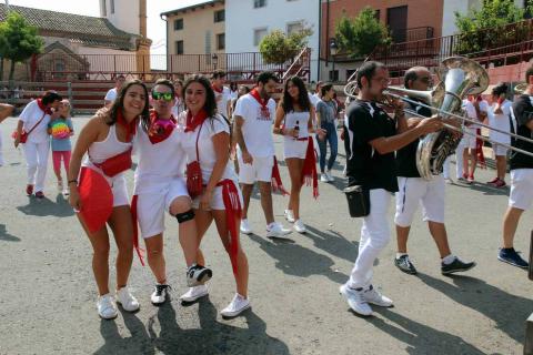 El CD Fontellas de fútbol prendió este miércoles la mecha anunciadora tras lograr dos ascensos de categoría consecutivos