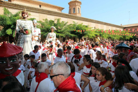 La localidad ribera vivió este sábado, 8 de septiembre, su primer día de fiestas en honor a la Virgen de la Barda