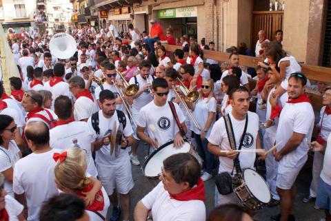 Los cascantinos arrancaron este sábado, 8 de septiembre, sus fiestas en honor a la Virgen del Romero. La fiesta se prolongará hasta el próximo 16 de septiembre