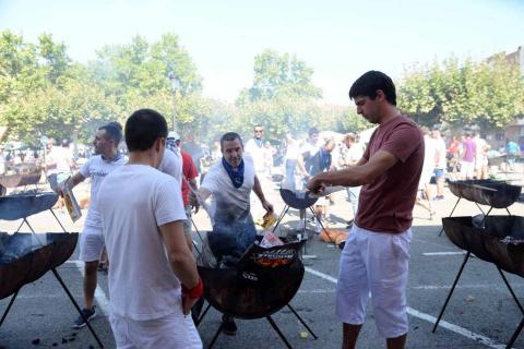 Público de todas las edades llenó El Ferial en el día grande de las fiestas de Huarte