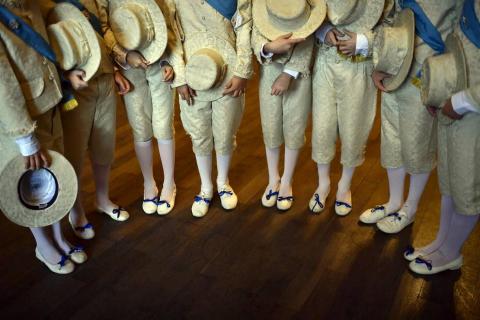 Fotos de la exposición fotográfica con el resumen del año que acoge El Corte Inglés de Pamplona