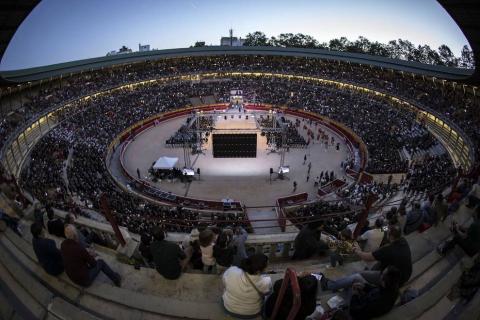 La plaza de toros acogió a miles de personas en e