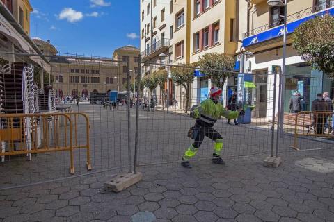 Las obras afectan a casi 50 plazas de aparcamiento