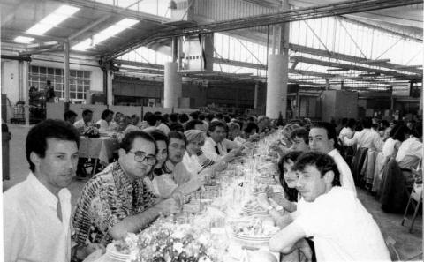 Las máquinas y productos del Grupo Azkoyen han aportado numerosas soluciones innovadoras al mercado desde su fundación, en 1945. Son más de 75 años de prestigio forjado, década tras década, a base de hitos y productos que han marcado la trayectoria de la firma y del sector.