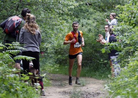 219 corredores completaron los 21 kilómetros de la cita de Etxarri Aranatz, puntuable para el campeonato de la Federación Navarra de Montaña.