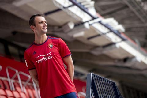 Presentación de Kike Garcia como nuevo jugador de Osasuna