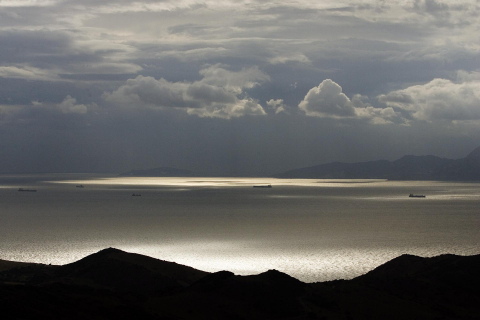 Estrecho de Gibraltar, la mayor fosa común del mundo