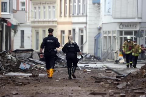 Alemania registra al menos 103 muertos y busca a cientos de desaparecidos