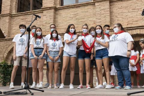 El galardón de 2021 fue para el grupo de robótica GRAT Tudela, del Colegio Anunciata, del que acudieron siete miembros junto con su profesora Amaia Labart, que asistió también en representación del docente Juanma Pérez.