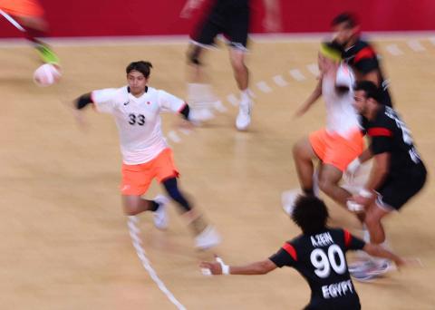 Japón y Egipto en su duelo de balonmano