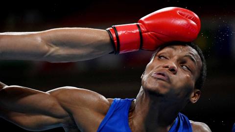 Boxeador dominicano en su combate