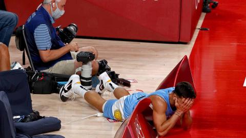 Facundo Campazzo durante el duelo entre Argentina y España