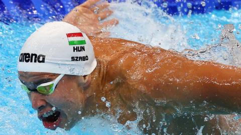Szabo, nadador húngaro, en acción