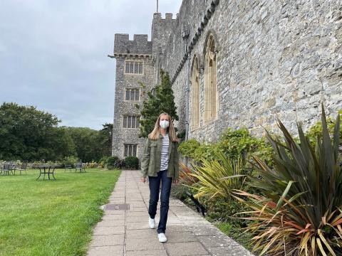 La princesa Leonor de Borbón, a su llegada al UWC Atlantic College de Gales.