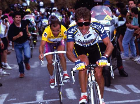 Pedro Delgado se impuso en Lagos de Covadonga en 1992 tras protagonizar un vibrante duelo con Jesús Montoya