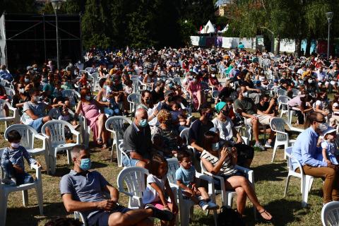Cerca de 2.500 personas disfrutaron del pase final del verano