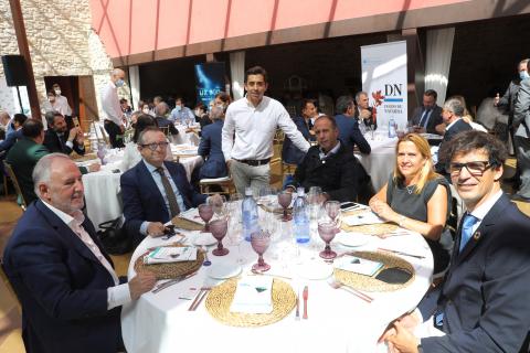 Jesús María Galar (director de Galar Foods); Jesús Berisa (presidente de Events Hotels); José Miguel Zalba (fundador y CEO de Rypples); Jorge Ruiz (consejero de APD);  Ana Blanca Glaria (directora de Riesgos de Caixabank) e Íñigo Ayerra (CEO de IED).