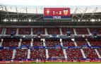 El reformado Sadar, en el pasado Osasuna-Valencia, donde hubo cerca de 14.000 espectadores. La foto es del fondo de Gol Norte *P:  *L: PAMPLONA *T: EL SADAR. OSASUNA - VALENCIA. PUBLICO GOL NORTE