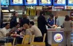 Burger King abrirá las 24 horas y tendrá servicio a domicilio