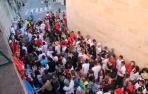 El encierro de la villavesa, último suspiro de San Fermín