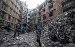 Elevan a 7.652 el número de muertos por el terremoto en Nepal