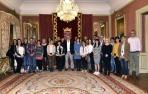 El alcalde de Pamplona recibe a un grupo de alumnos alemanes de Foro Europeo
