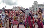 Las acrobacias y técnicas circenses cierran el teatro de calle en estos Sanfermines