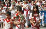Ofrenda infantil a San Fermín