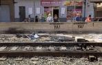Interrumpido el tráfico ferroviario en Murcia por la protesta contra el muro del AVE
