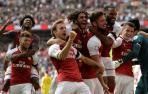 Monreal y Azpilicueta, titulares en una Supercopa inglesa que se lleva el Arsenal
