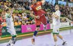 El Huesca impone su ritmo en Pamplona ante un impreciso Anaitasuna