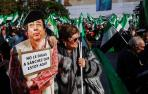 Miles de extremeños protestan en Cáceres por la situación del tren