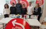 Alberto Garzón en una rueda de prensa en Pamplona junto a candidatos de I-E al Parlamento foral