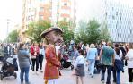 Fotos de la salida de la Comparsa de gigantes y cabezudos en el centenario de La Pamplonesa.