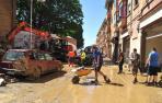 Labores de limpieza el pasado día 10, en la calle Martínez de Espronceda de Tafalla.